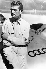 Bernd Rosemeyer soll für Auto Union nur wenige Stunden später den Rekord zurück holen.