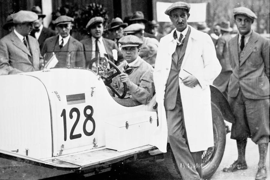 Caratsch fuhr nach Mercedes-Benz auch für Alfa Romeo.