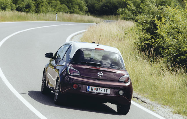 Opel Adam Paradiesische Schräglage