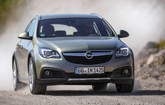 opel insignia country tourer der crossover blitz. Black Bedroom Furniture Sets. Home Design Ideas