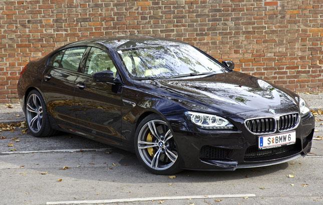 BMW M6 Gran Coupé – V8-Twin-Turbo-Benzindirekteinspritzer, 4,4 Liter Hubraum, 560 PS, ein maximales Drehmoment von 680 Newtonmeter, 7-Gang-Doppelkupplungsgetriebe – ab 156.000 Euro zum Spielen abzuholen.